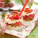 Fresh Strawberry Trifle Recipe with Red Wine